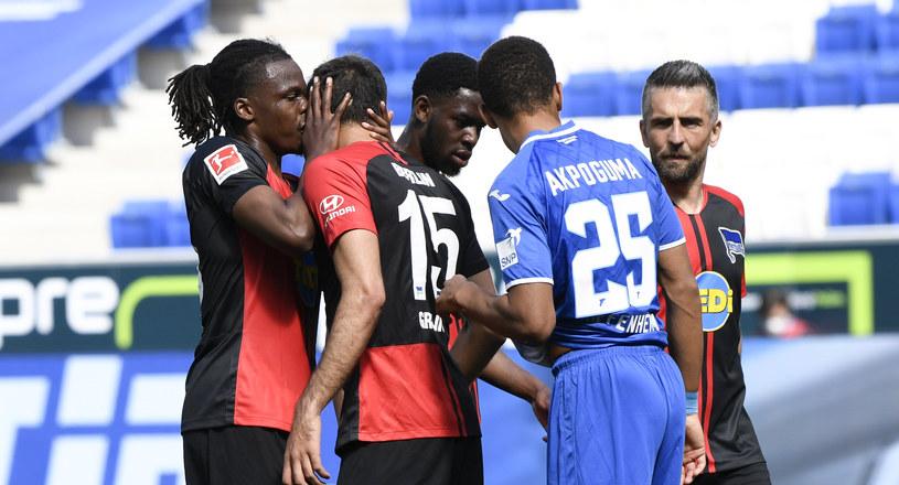 Można cieszyć się po golu jak Dedryck Boyata (pierwszy z lewej) /Getty Images