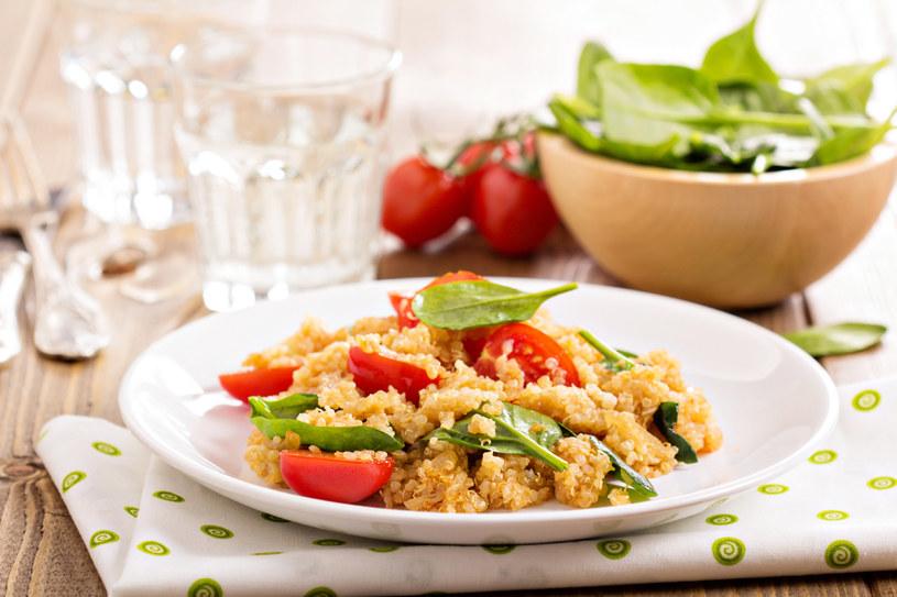 Można dodać świeżych pomidorów /123RF/PICSEL