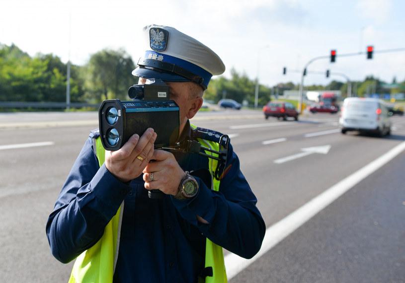 Można się spodziewać m.in. kaskadowych kontroli prędkości /Łukasz Solski /East News