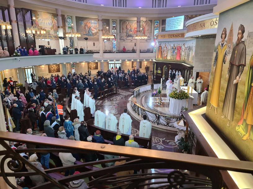 Msza święta z okazji 29. urodzin Radia Maryja /Grzegorz Olkowski /East News