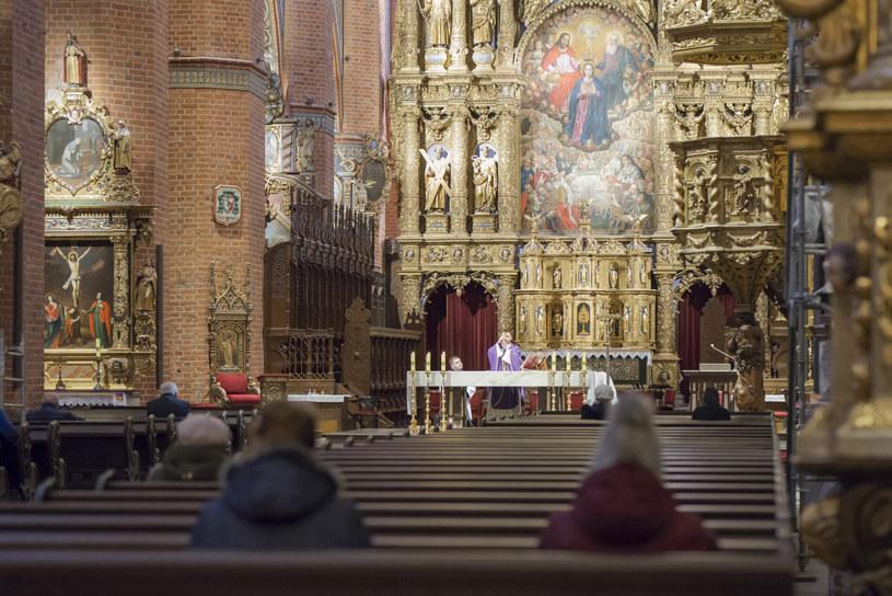 Msza w  Bazylice Katedralnej w Pelplinie /Krzysztof Mania/KFP /Reporter