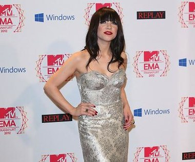 MTV EMA: Taylor Swift i Carly Rae Jepsen w srebrnych sukienkach