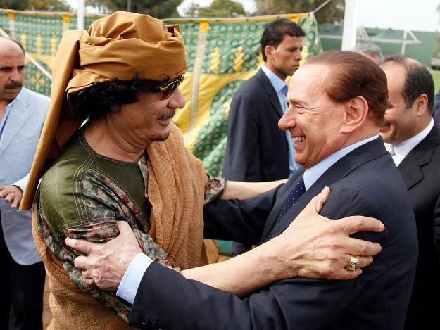 Muammar Kadafi i Silvio Berlusconi /AFP
