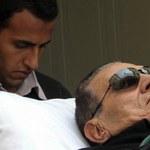 Mubarak na granicy życia i śmierci. Sprzeczne informacje