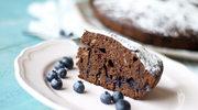 Multicooker: Ciasto czekoladowe z borówkami