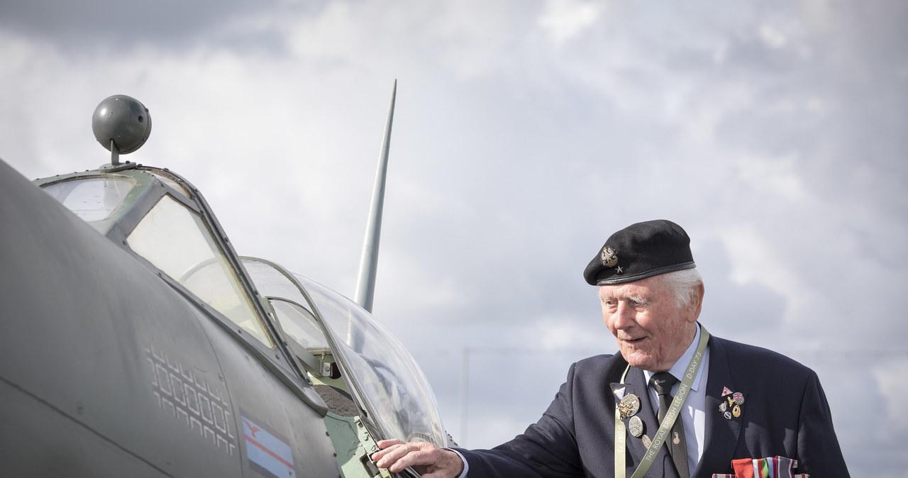 Multimedialna uroczystość oddała hołd weteranom lądującym w Normandii