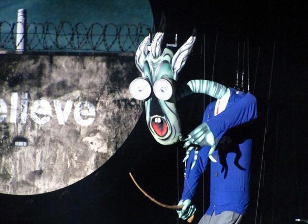 """Multimedialne widowisko """"The Wall"""" na Stadionie Narodowym w Warszawie - fot. Marek Zajdler /East News"""
