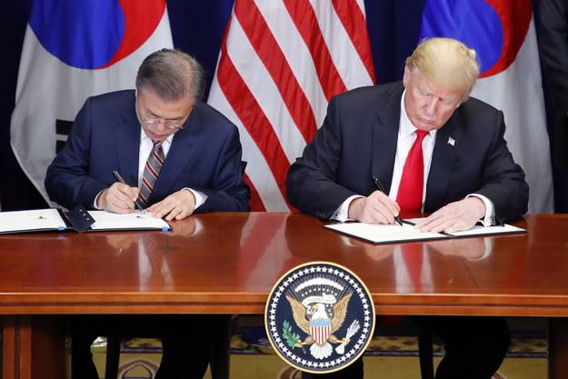 Mun Dze In i Donald Trump /YONHAP   /PAP/EPA