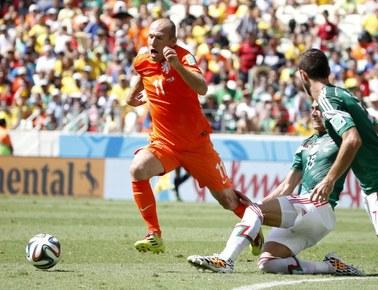 """Mundial 2014: Mecz Holandia - Meksyk. """"Pomarańczowi"""" triumfują"""