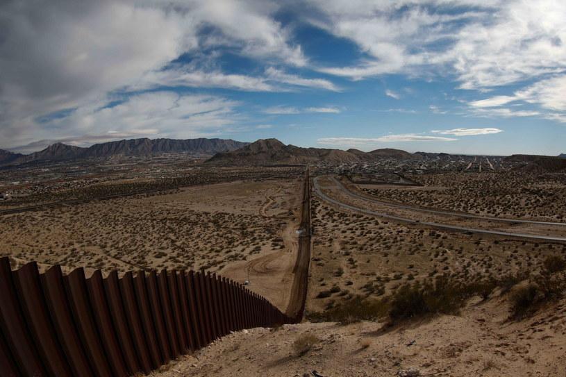 Mur powstanie? Amerykę Łacińską niepokoi napięcie USA-Meksyk /PAP/EPA