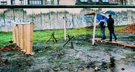 Mur z tektury; fot. Anna Wydra /