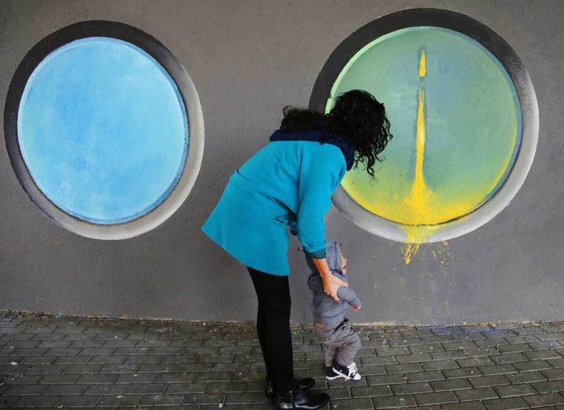 """Mural stworzony w ramach inicjatywy """"101 murali dla Krakowa"""" /Beata Zawrzel/REPORTER /East News"""