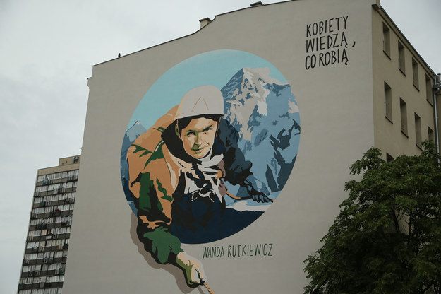 Mural we Wrocławiu poświęcony Wandzie Rutkiewicz /Tomasz Holod/Polska Press /East News