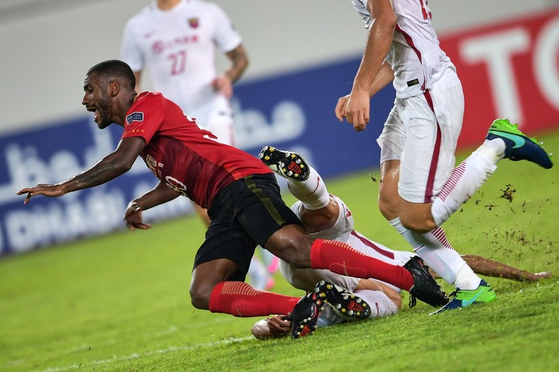Muriqui w trakcie spotkania azjatyckiej Ligi Mistrzów /AFP