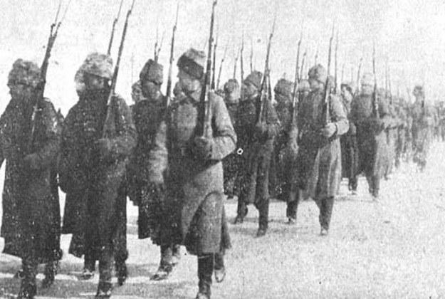 """""""Murmańczycy"""" w czasie defilady na północy Rosji /materiały prasowe"""