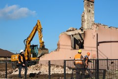 Murowana Goślina: Wyburzanie uszkodzonych domów