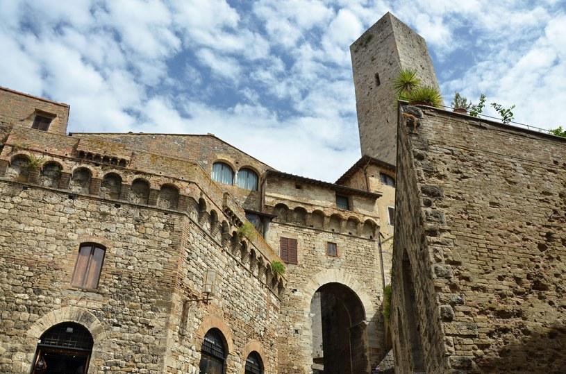 Mury San Gimignano /123RF/PICSEL