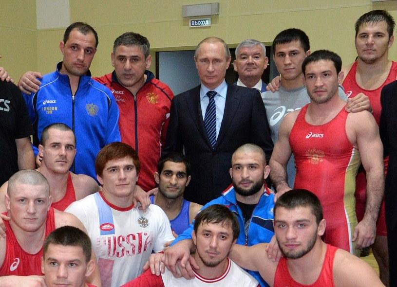 - Musimy zrobić wszystko, by wytępić doping - powiedział Władimir Putin w Soczi, w listopadzie 2015 r., po tym, jak wybuchnęła afera dopingowa w Rosji. /AFP