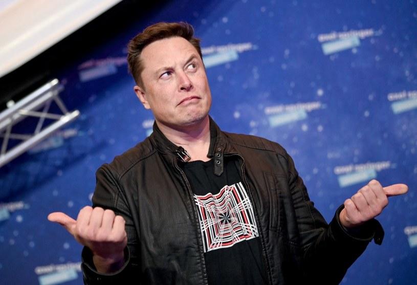 Musk jest jednym z najbogatszych ludzi świata /AFP