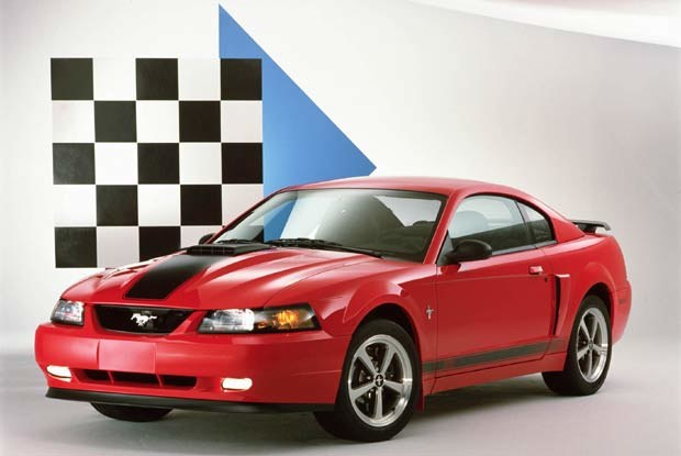 Mustang Mach 1 2003 (kliknij) /INTERIA.PL