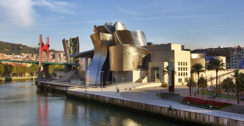 Muzeum Guggenheima w Bilbao /de.wikipedia.org /INTERIA.PL