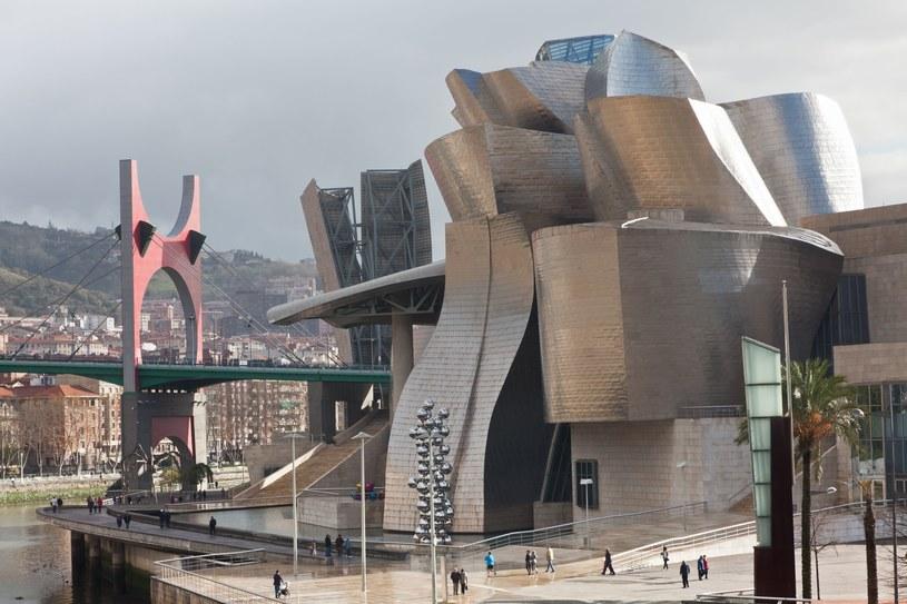 Muzeum Guggenheimów w Bilbao /123/RF PICSEL