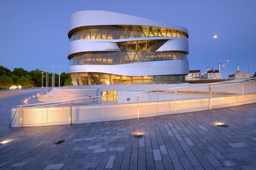 Muzeum Mercedes-Benz ma powierzchnię niemal 17 tys. metrów kwadratowych / DZT/Francesco Carovillano /materiały promocyjne