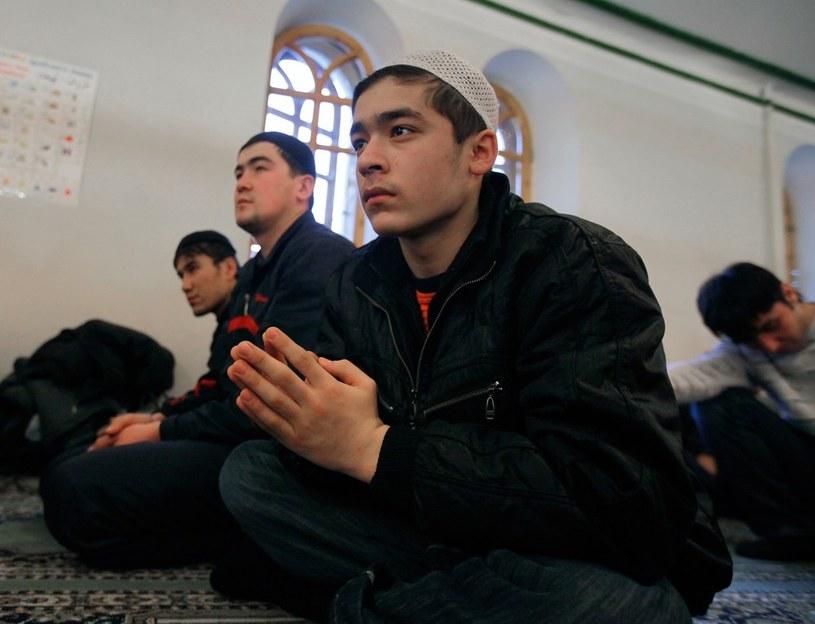Muzułmanie w jednym z moskiewskich meczetów /RIA Novosti /East News