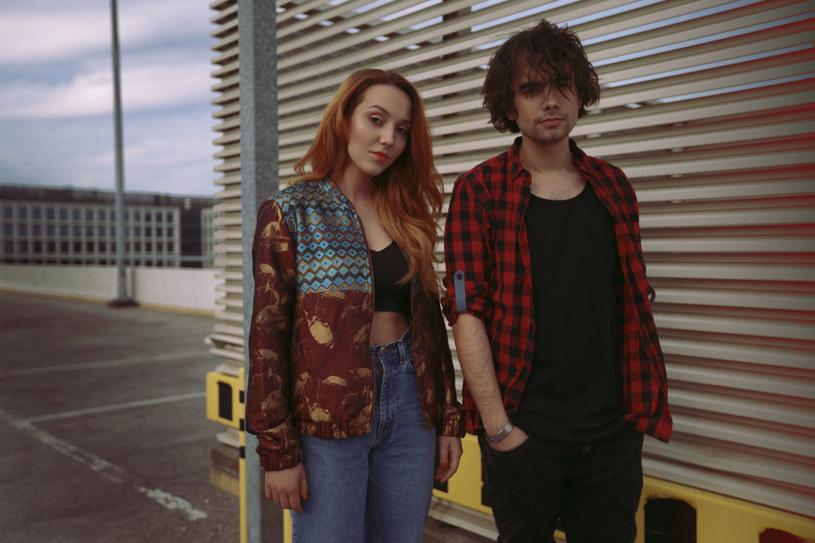 Muzycy z Lilly Hates Roses często pytani są o nazwę duetu /&nbsp /Sony Music Polska