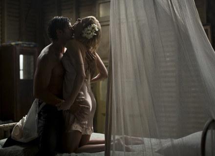 Muzyka to nieodłączny element romantycznego wieczoru /AFP