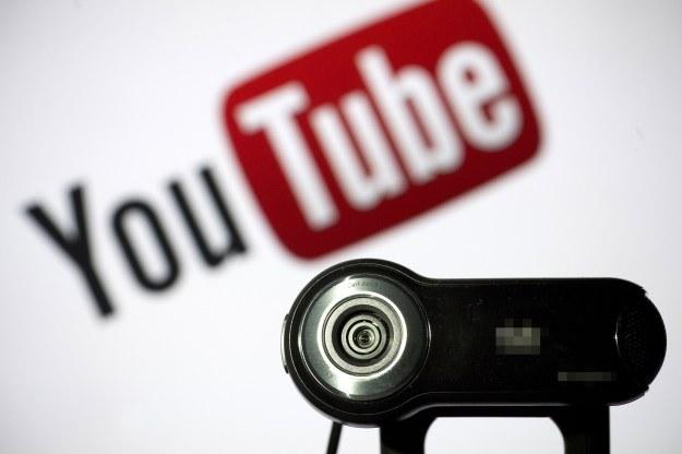 Muzyka z YouTube jest do słuchania, a nie do pobierania /AFP