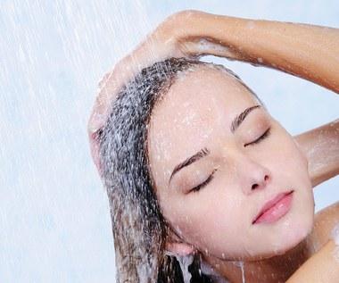 Mycie włosów w wodzie ryżowej - jak i dlaczego to robić?