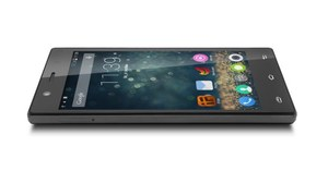 myPhone Infinity 3G/LTE -  promocyjna cena 599 zł w sieci sklepów Biedronka