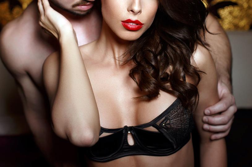 Myśl o seksie może być kilkosekundowa a innym razem stać się 10-minutową fantazją /123RF/PICSEL