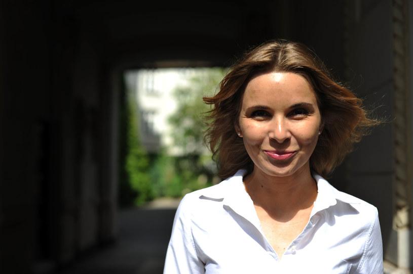 Myślę, że każda kobieta, która czuje, że coś jej się od życia należy, że jest człowiekiem i ma w związku z tym swoje prawa, jest feministką - mówią Anną Dziewit-Meller /Piotr Smoliński /East News