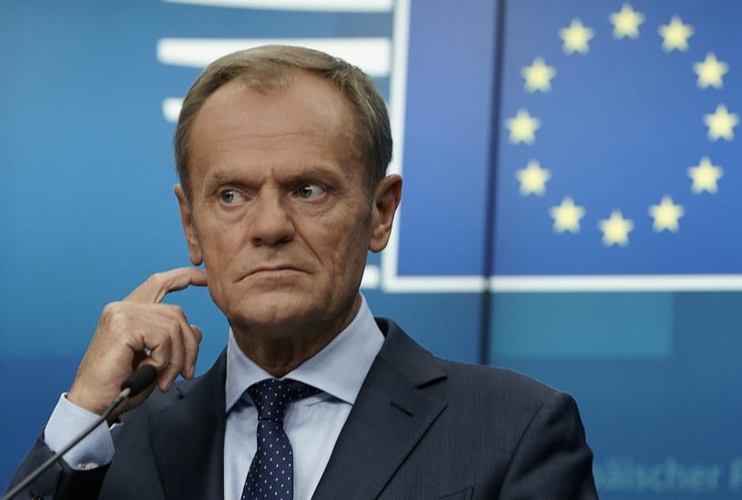 """""""Myślę, że (...) na Nowogrodzkiej zrozumieją, że gdyby się chcieć odwrócić plecami do podstawowej wartości europejskiej, jaką jest praworządność, to trudno oczekiwać na entuzjazm w Europie"""" /KENZO TRIBOUILLARD /AFP"""