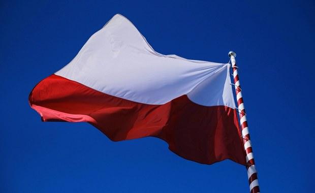 Myślisz, że wiesz wszystko o polskiej fladze? Sprawdź się! [QUIZ]