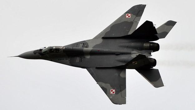 Awaryjne lądowanie myśliwca MiG-29 w Malborku