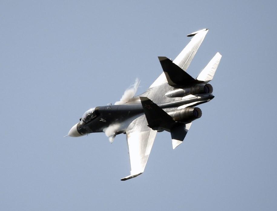 Myśliwiec Su-30 (zdj. ilustracyjne) /SERGEI CHIRIKOV /PAP/EPA