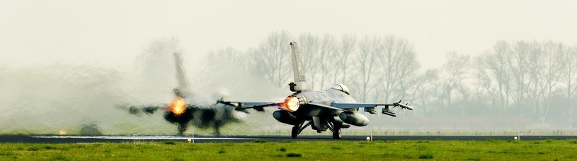 Myśliwiec/ zdjęcie ilustracyjne /AFP