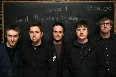Myslovitz (Wojtek Kuderski drugi z prawej) /
