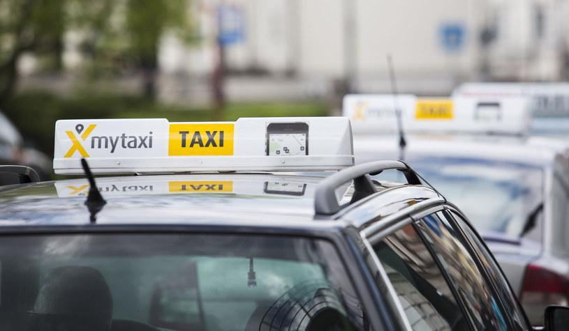MyTaxi chce wprowadzić usługę współdzielenia taksówek /Andrzej Hulimka  /Reporter