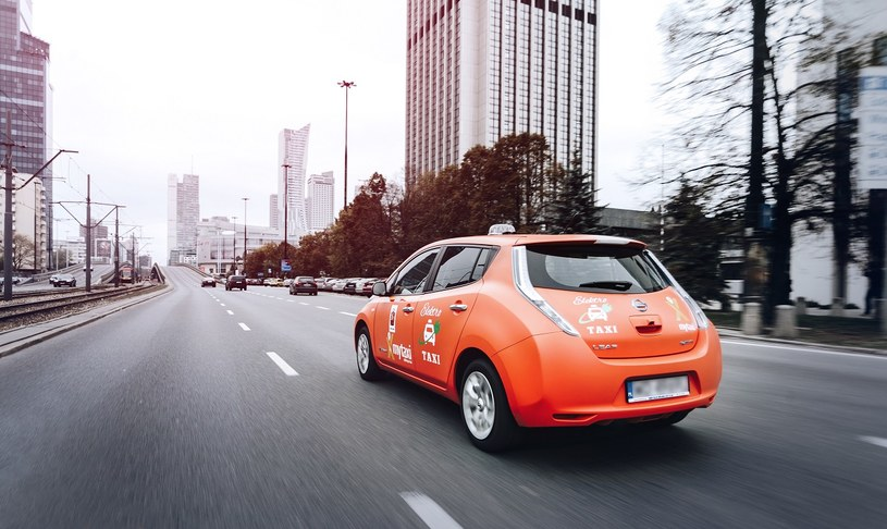 mytaxi umożliwia przejażdżkę samochodem elektrycznym /materiały prasowe