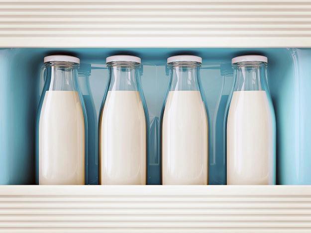 Na 35 przebadanych próbek mleka w 29 stwierdzono wyższy niż dopuszczalny poziom aflatoksyn /©123RF/PICSEL