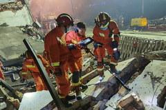 Na autostradzie eksplodowała cysterna. 18 osób nie żyje, 189 rannych