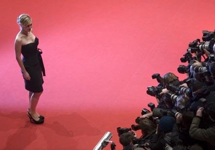 Na Berlinale Kate Winslet poradziła sobie znakomicie /AFP