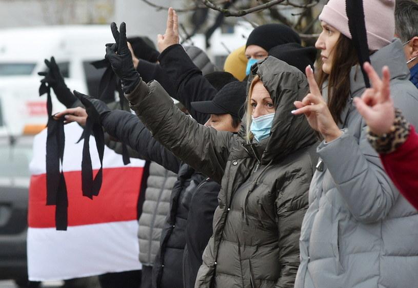 Na Białorusi trwają protesty przeciwko sfałszowaniu wyników wyborów prezydenckich / STR   /PAP/EPA