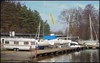 Na brzegach jezior stana sanitariaty /RMF