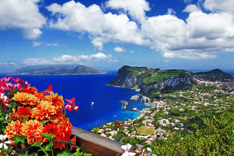 Na Caprii można znaleźć miejsca, gdzie nie ma tłumów turystów /123RF/PICSEL
