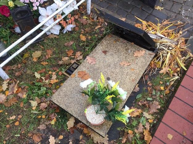 Na cmentarzu w Ełku ktoś zniszczył ponad 100 nagrobków /Piotr Bułakowski (RMF FM) /RMF FM
